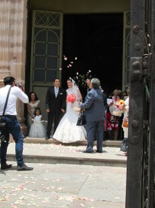 A recent wedding at Guanajuato's basilica