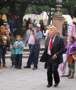 """Trump"" dancing in Jardin"